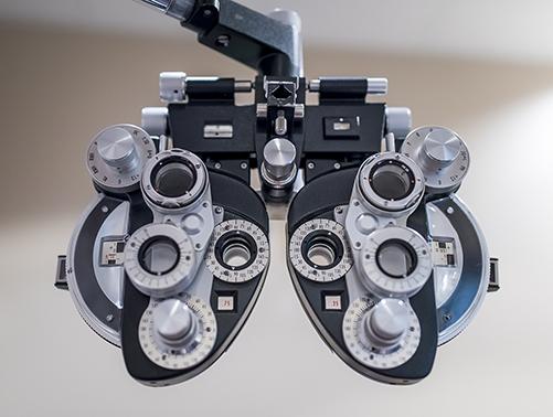 Revisión oftalmológica en la clínica oftalmológica en Mataró